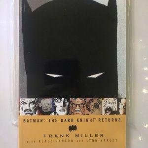 Batman Dark Knight Returns book graphic novel DC